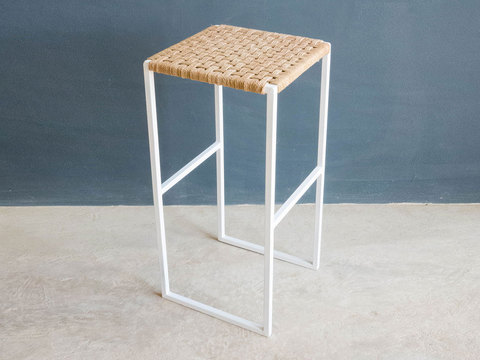 Tabled kamnap stool 01
