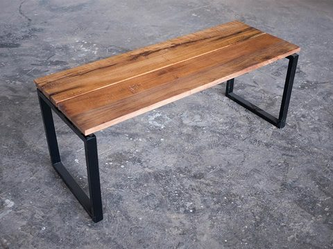 Tabled squared bench 01